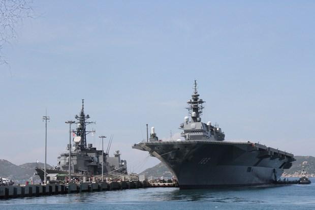 Visitan Vietnam buques de las Fuerzas Navales de Autodefensa de Japon hinh anh 1