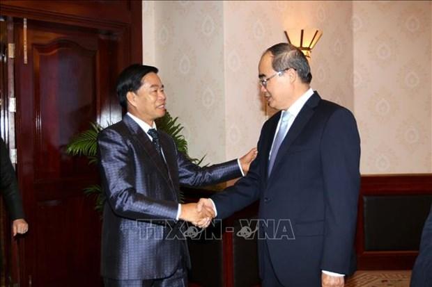 Fortalecen Vietnam y Laos cooperacion entre sus localidades hinh anh 1