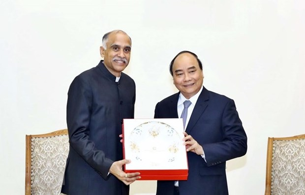 Recibe primer ministro vietnamita al embajador de la India hinh anh 1