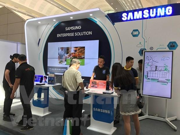 Aumenta Vietnam a casi el doble la exportacion de celulares a Estados Unidos hinh anh 1