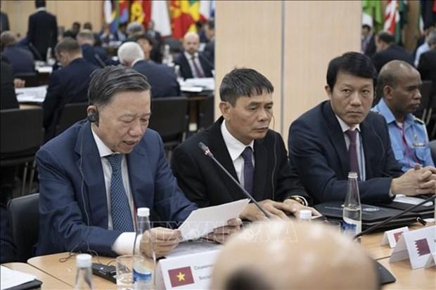 Vietnam asiste a Conferencia de Jefes de Seguridad en Rusia hinh anh 1
