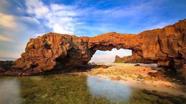 Aspira Vietnam al reconocimiento mundial del geoparque Ly Son-Huynh Sa hinh anh 1