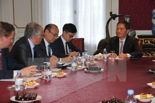 Apoya comunidad empresarial europea pronta ratificacion de TLC entre Vietnam y la UE hinh anh 1