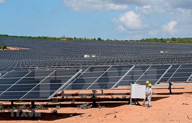 Desarrolla grupo tailandes B.Grimm proyectos de energia fotovoltaica en Vietnam hinh anh 1