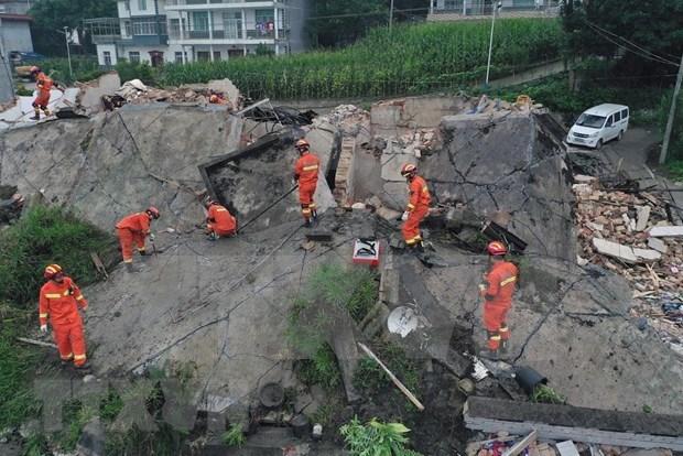 Expresa Vietnam solidaridad con China por consecuencias de desastres naturales hinh anh 1