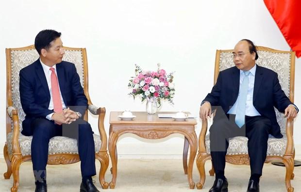 Aboga en Hanoi premier de Vietnam por incremento de inversiones del grupo japones AEON hinh anh 1