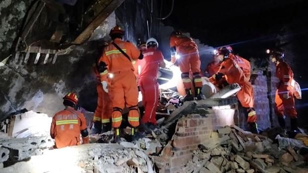 Transmite viceprimer ministro vietnamita condolencias a China por perdidas humanas y materiales tras desastres naturales hinh anh 1