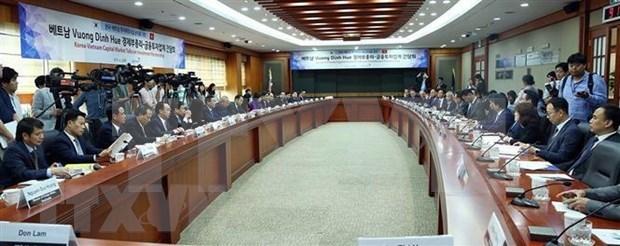 Resalta viceprimer ministro vietnamita potencial de las inversiones sudcoreanas en su pais hinh anh 1