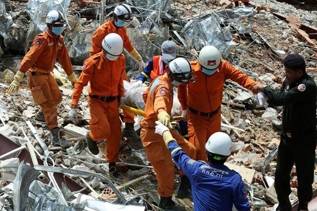 Inspecciona Camboya las obras en construccion tras derrumbe de un edificio hinh anh 1