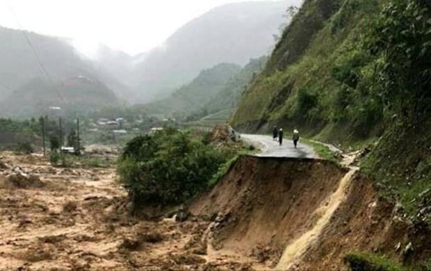 Reportan en Vietnam cuatro personas desaparecidas tras inundaciones repentinas hinh anh 1