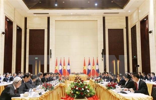 Fortalecen cooperacion entre Vietnam y Laos en multiples esferas hinh anh 1