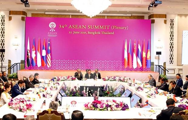 Aprueba ASEAN importantes documentos para construir una region de paz y estabilidad hinh anh 1