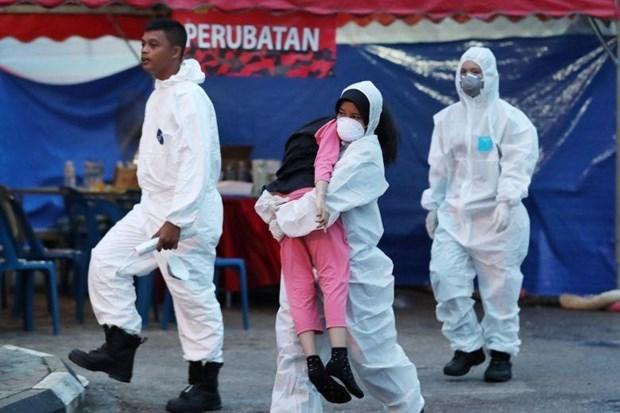 Cierra Malasia cientos de escuelas por fuga de sustancias quimicas hinh anh 1