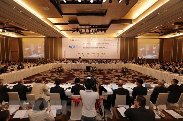 Expertos proponen soluciones para el perfeccionamiento de infraestructura en Vietnam hinh anh 1
