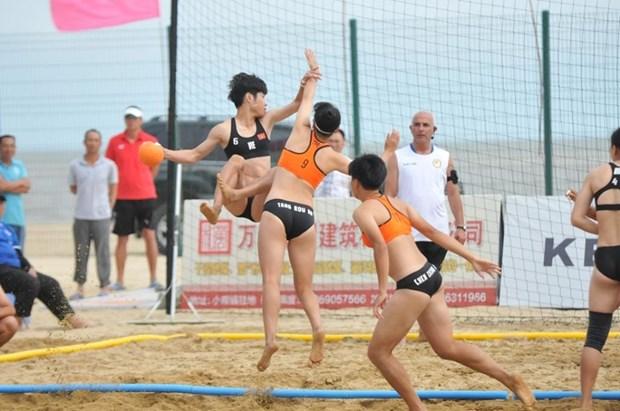 Gana Vietnam medalla de plata en Campeonato Asiatico de Balonmano Playa hinh anh 1