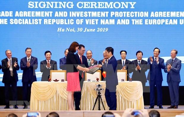 Rubrican Vietnam y UE acuerdos de libre comercio y de proteccion de inversion hinh anh 1