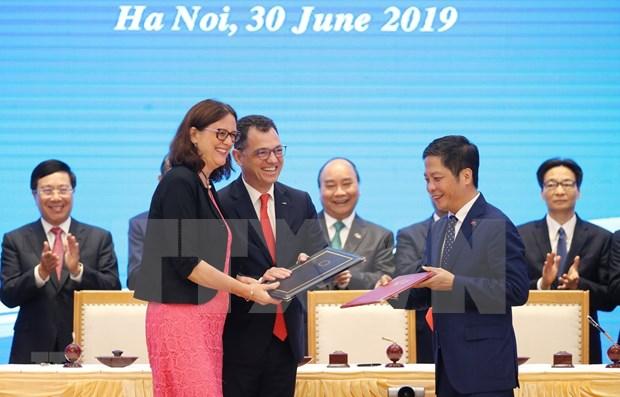 Espera comunidad empresarial europea la pronta ratificacion de TLC con Vietnam hinh anh 1