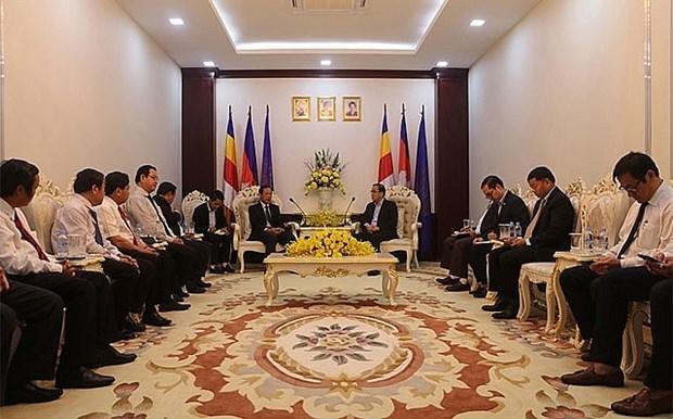 Contribuye el grupo de caucho de Vietnam al desarrollo socioeconomico de Camboya hinh anh 1