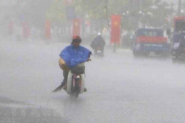Tifon Mun se degrada a depresion tropical tras impactar Vietnam hinh anh 1