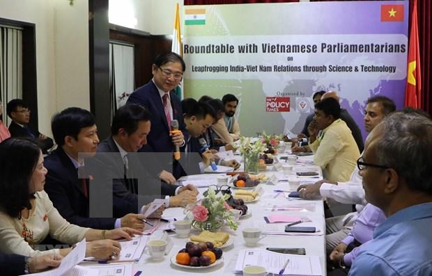 Impulsan Vietnam e India cooperacion en ciencia tecnologia hinh anh 1