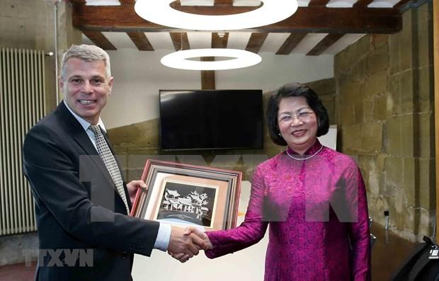 Aboga vicepresidenta de Vietnam por impulso de nexos con Berna hinh anh 1