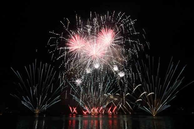 Gana Finlandia Festival Internacional de Fuegos Artificiales 2019 en Vietnam hinh anh 1