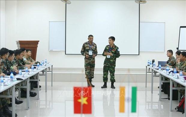 Realizan Vietnam e India ejercicio militar conjunto sobre mantenimiento de la paz hinh anh 1