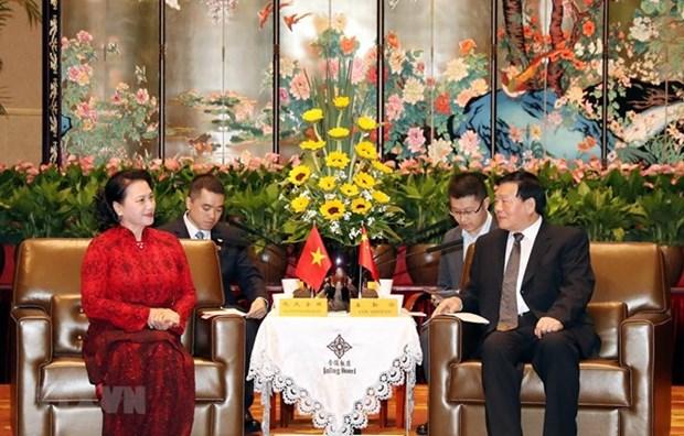 Dirigente de provincia china de Jiangsu aspira a una mayor cooperacion con Vietnam hinh anh 1