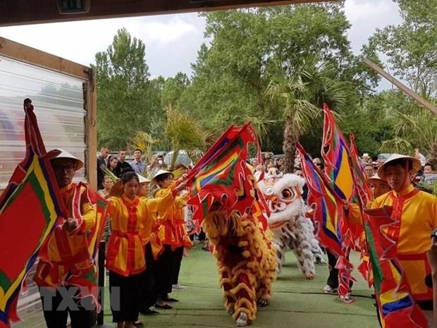 Festival de Vietnam en Francia promueve cultura de la nacion indochina hinh anh 1