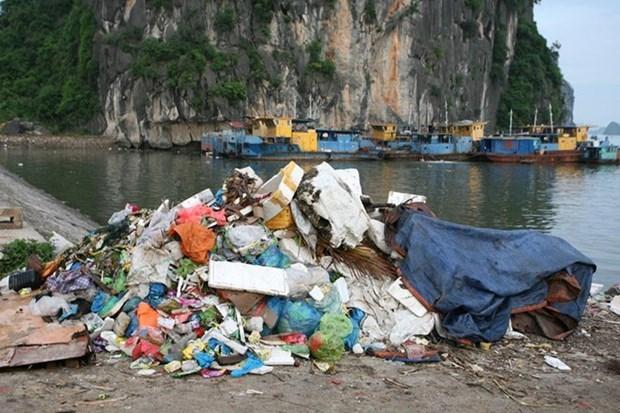 Sector turistico de Vietnam lucha contra residuos plasticos hinh anh 1