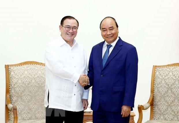 Primer ministro de Vietnam recibe al canciller de Filipinas hinh anh 1