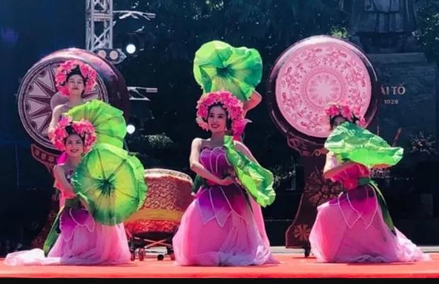 Celebran en Hanoi el Festival Internacional de Cultura y Turismo 2019 hinh anh 1