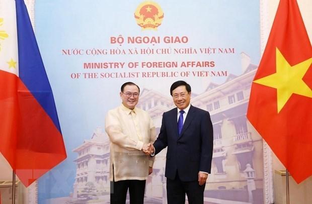 Vietnam y Filipinas consideran establecimiento de mecanismo de consulta politica anual hinh anh 1