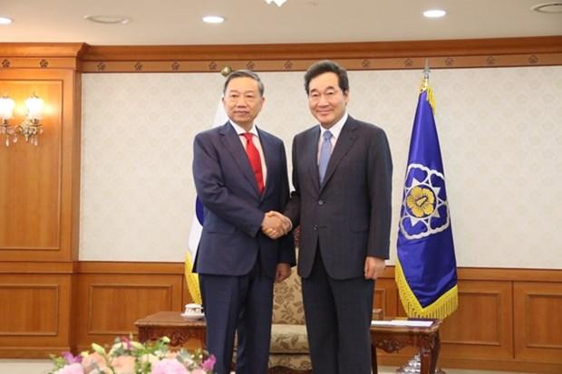 Aumentan Vietnam y Corea del Sur cooperacion en seguridad hinh anh 1