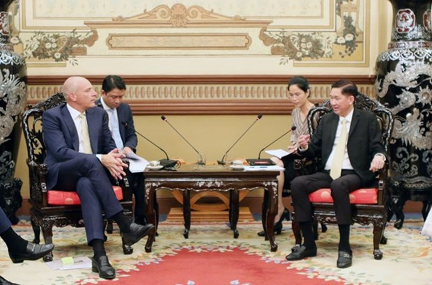 Muestran empresas suizas interes en desarrollar urbes inteligentes en Vietnam hinh anh 1