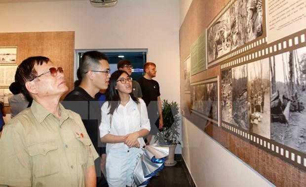 Realizan fotografos argentinos exposicion sobre Vietnam hinh anh 1