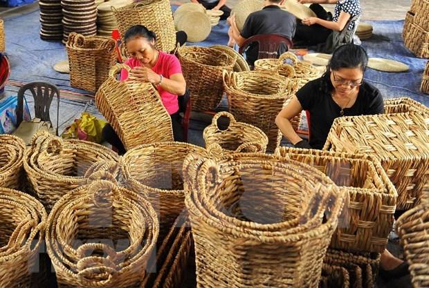 Presentan muestra de artesanias vietnamitas en Singapur hinh anh 1