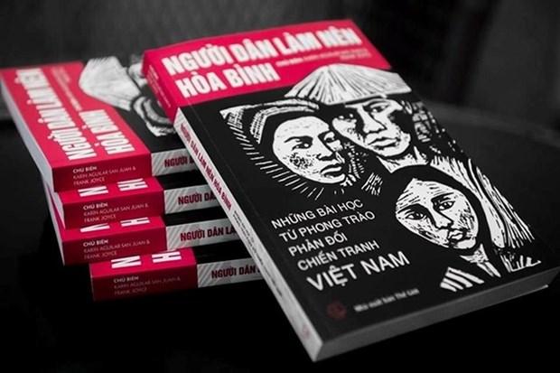 Presentan en Hanoi libro sobre movimientos en EE.UU. contra la guerra en Vietnam hinh anh 1