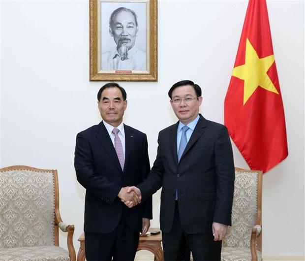 Propone vicepremier de Vietnam apoyo de empresa sudcoreana a desarrollo de agricultura inteligente hinh anh 1