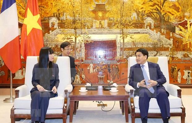 Proyecta Hanoi intensificar cooperacion con Francia en infraestructura y desarrollo urbano hinh anh 1