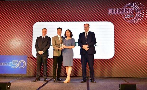Reconocen a Vietcombank como mejor banco de Vietnam en 2019 hinh anh 1