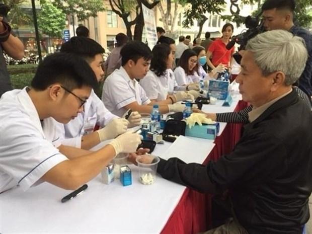Demanda el Ministerio de Salud de Vietnam mayores esfuerzos para combatir el dengue hinh anh 1