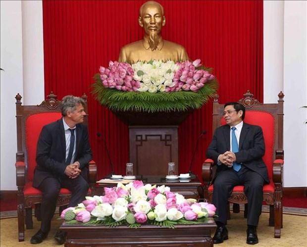Fortalecen relaciones los Partidos Comunistas de Vietnam y Francia hinh anh 1