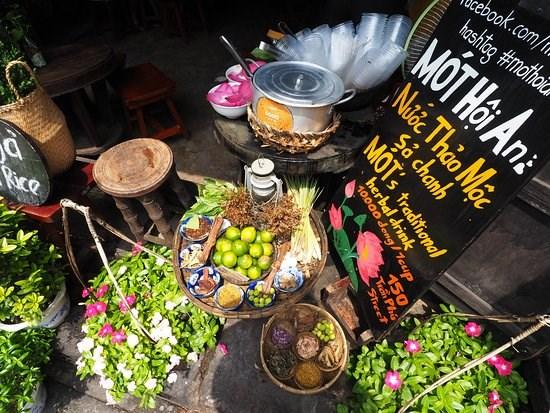 Mot, una infusion de Hoi An que atrae a turistas extranjeros hinh anh 1