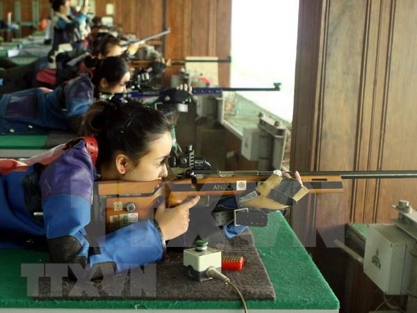 Participan mas de 130 competidores en torneo nacional de tiro de Vietnam 2019 hinh anh 1