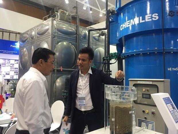 Inauguran en Hanoi exposicion sobre agua y medio ambiente Vietwater 2019 hinh anh 1
