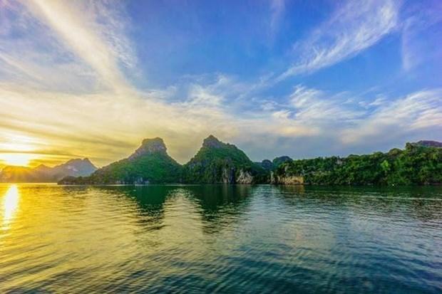 Figura Bahia de Ha Long entre mejores lugares para disfrutar del amanecer en el mundo hinh anh 1