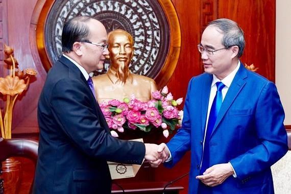 Promueven colaboracion entre Ciudad Ho Chi Minh y Singapur en desarrollo urbano hinh anh 1