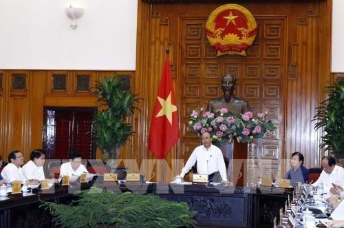 Premier de Vietnam insta a acelerar proyectos clave de infraestructura de transporte hinh anh 1
