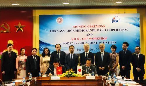 Apoya Japon el fortalecimiento del desarrollo sostenible de Vietnam hinh anh 1